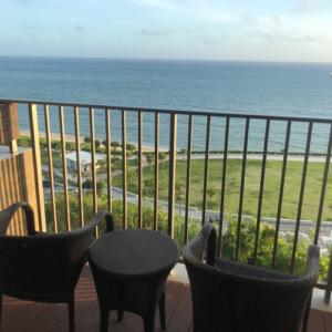 琉球温泉瀬長島ホテルの露天風呂付客室から見る景色